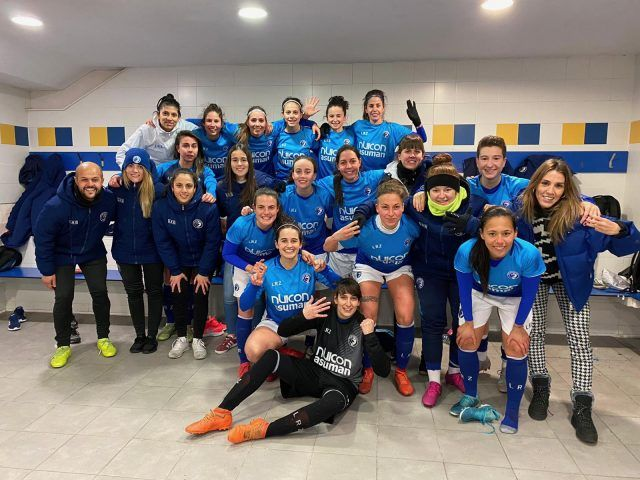 https://www.lasrozascf.com/wp-content/uploads/2020/01/Femenino-Senior-640x480.jpeg